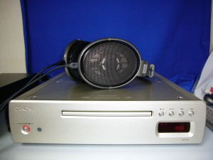 上はHD650。